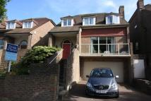 5 bed Detached property in Park Avenue, Ratton...