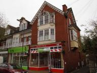 Flat for sale in Station Road...