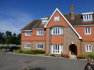 Flat for sale in Shoppenhangers Road...