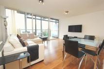 Apartment to rent in Berglen Court, Limehouse...