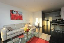 2 bed Apartment to rent in Bovet Court, Limehouse...