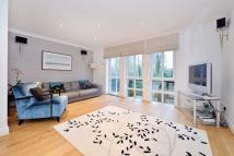Town House for sale in Brightlingsea Place...