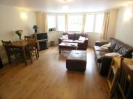 Flat to rent in Kingston Hill, Surrey