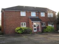 Ground Flat to rent in WICKFORD