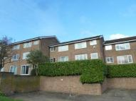Flat to rent in Coleridge Way, Orpington...