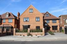 Waterwell Court Flat to rent