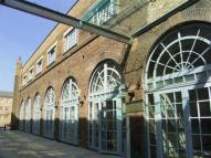 2 bed Flat in The Railstore, Gidea Park
