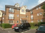 Flat to rent in Abraham Court, Upminster