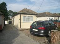 2 bedroom Bungalow to rent in Kings Gardens, Upminster