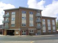 Flat to rent in Brazemore Court...