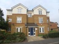 Flat to rent in Wymark Close, Rainham...