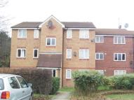 Flat in Latimer Drive, Hornchurch