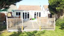 Detached Bungalow to rent in Firs Road, Tilehurst