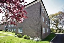 2 bedroom Flat to rent in Waldronhyrst...