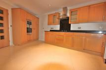 4 bed End of Terrace house to rent in Biddulph Road...