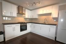 2 bedroom Apartment to rent in Addiscombe Grove