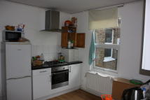 2 bedroom Flat to rent in South End, Croydon