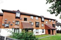 2 bedroom Apartment in Denning Avenue, Croydon