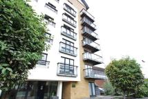 Apartment to rent in Park Lane, East Croydon