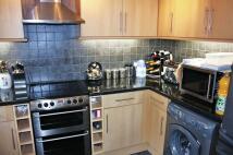 2 bedroom Flat to rent in Wettern Close, Croydon
