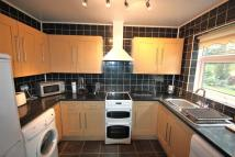 Ground Flat to rent in Croham Road...