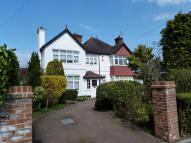 5 bedroom Detached home in Purley