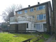 3 bedroom Maisonette to rent in Caterham Valley