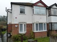 Maisonette to rent in Kenley