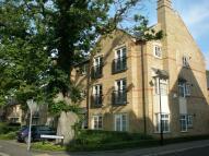 Apartment to rent in The Village, Caterham