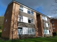 2 bedroom Ground Flat to rent in Whyteleafe