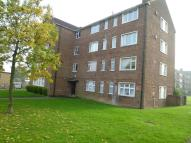 3 bedroom Flat for sale in Broomhill Court