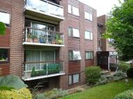 Flat to rent in Palmerstone Road...