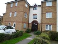 Highams Station Avenue Flat to rent