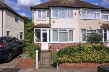 3 bedroom semi detached home to rent in Thackeray Close...