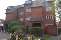 Flat in 2 Penrith Close, Uxbridge