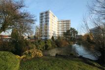 Apartment to rent in Denham Lodge, Uxbridge...