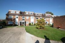 Ground Flat to rent in Fairfield Road, UXBRIDGE...