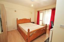 semi detached house to rent in Royal Lane, WEST DRAYTON...