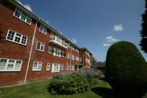 Flat in Hillmead Court, Taplow