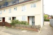 Maisonette to rent in Swan Road, Feltham