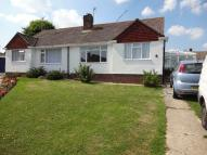 2 bedroom Semi-Detached Bungalow in Minster Close, Polegate