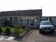 2 bedroom Semi-Detached Bungalow in Sturton Close, Bessacarr...