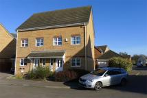 4 bed semi detached house in Station Close...