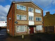 Studio apartment for sale in Trout Road, Yiewsley...