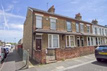 2 bedroom End of Terrace home in Colham Avenue, Yiewsley...