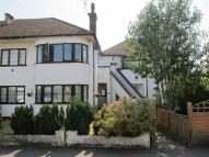 2 bed Maisonette in Swan Road, West Drayton...