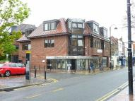property to rent in High Street, Uxbridge, Middlesex