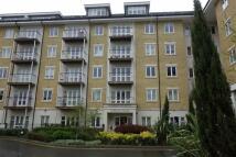 Apartment in Park Lodge Avenue...
