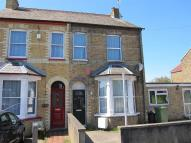 6 bedroom house in Otterfield Road...