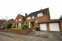 4 bed Detached home in Fairway Avenue...